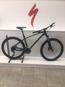 BICICLETA PITC COMP 27.5 SPECIALIZED