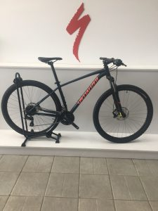 SPECIALIZED WOMAN ROCKHOPPER