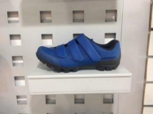 zapatilla specialized azul
