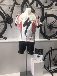 MAILLOT SPECIALIZED RACING.