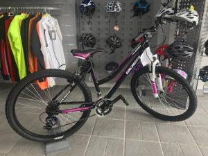 bicicleta niña negra,morada y blanca.-